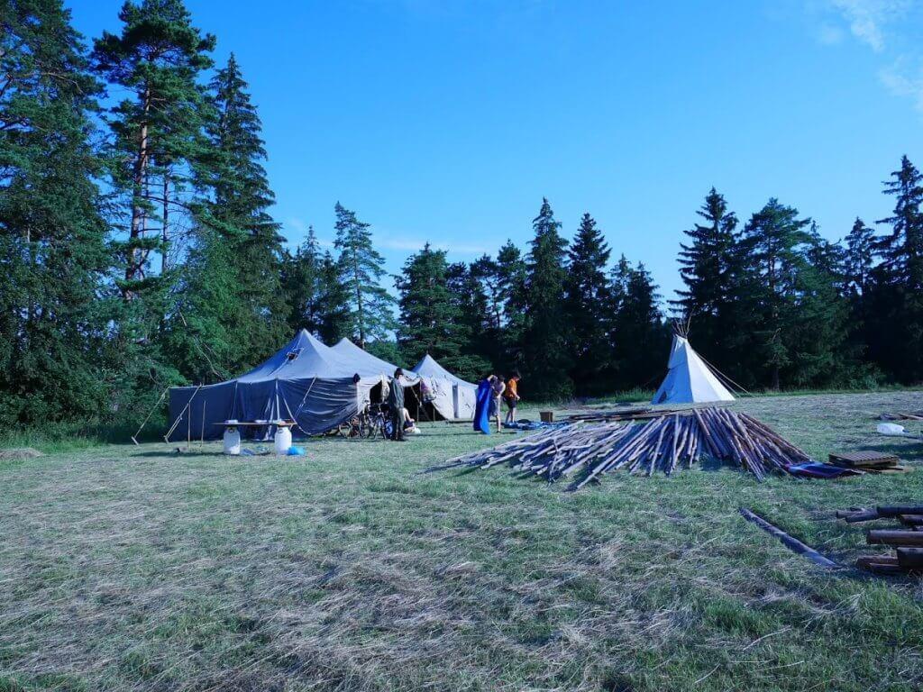 Stavanie tábora